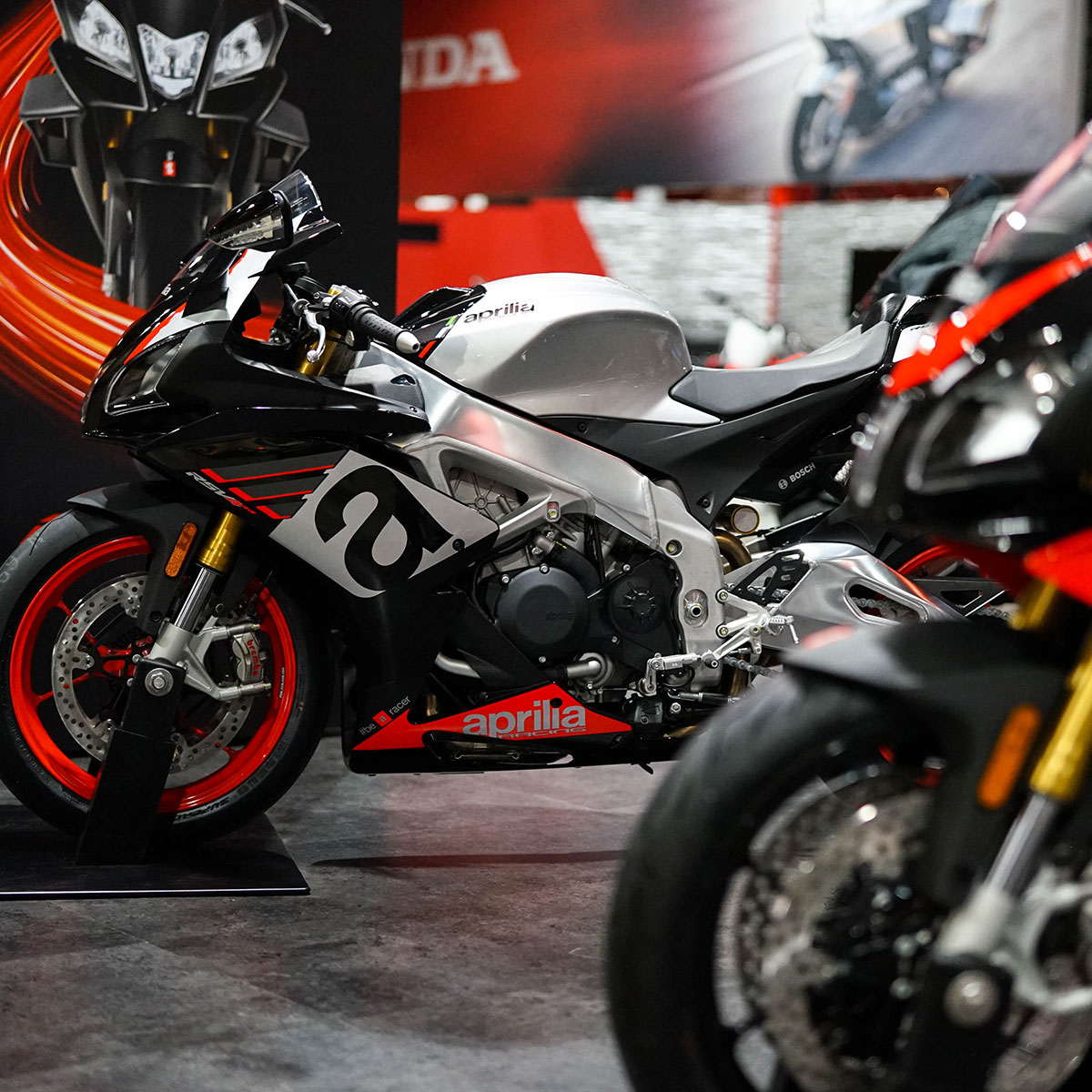 Aprilia Returns for The Motorcycle Shows 2019_thumb