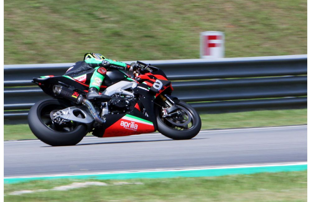 ASIAN PREMIÈRE FOR APRILIA RSV4 X WITH MAX BIAGGI_3