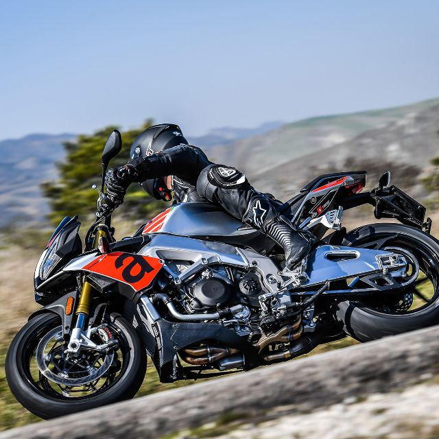 Cycle World Awards Tuono RR as Best Standard Motorcycle for 2nd Straight Year_thumb